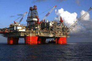 قاعدة بيانات الشركات والمصانع العاملة فى مجال البترول فى مصر